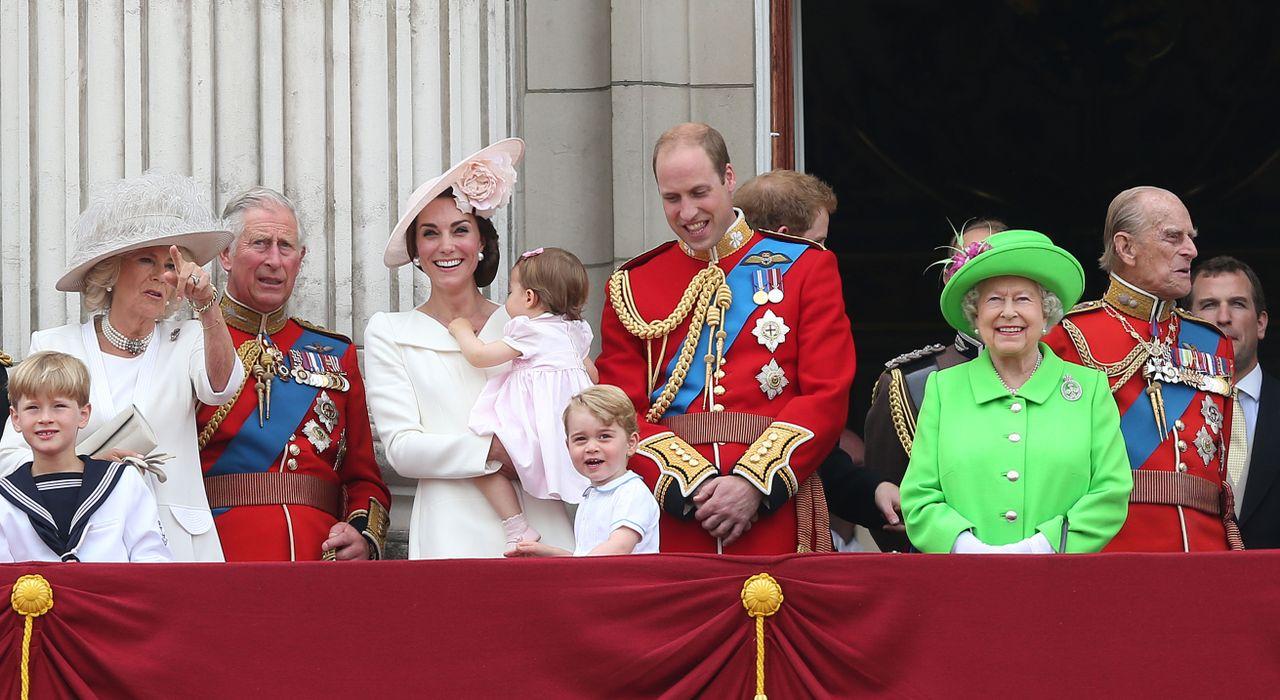 La famille royale réunie